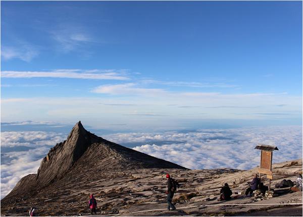 キナバル山の画像 p1_23